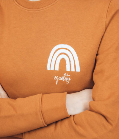 Equality Pullover – cammel